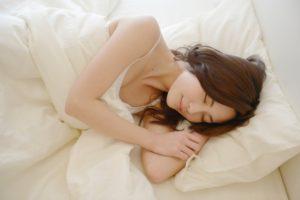 睡眠不足は不妊症の原因になるって本当?