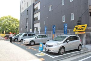 少し広めの駐車場です。