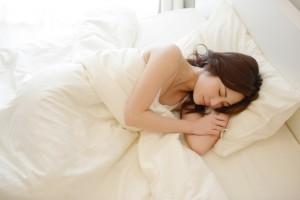 ぐっすり寝れる!鍼灸が不眠に効果的なわけとは?